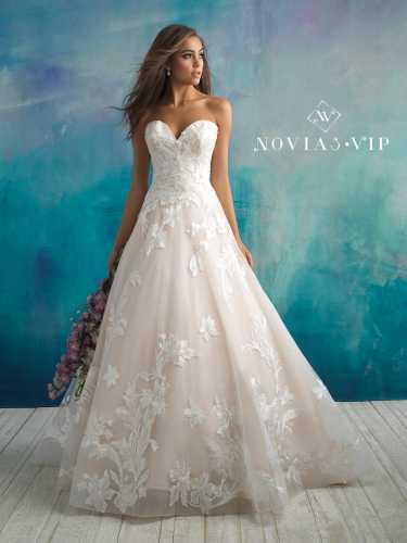 85873d986 Allure Bridals   Noelia